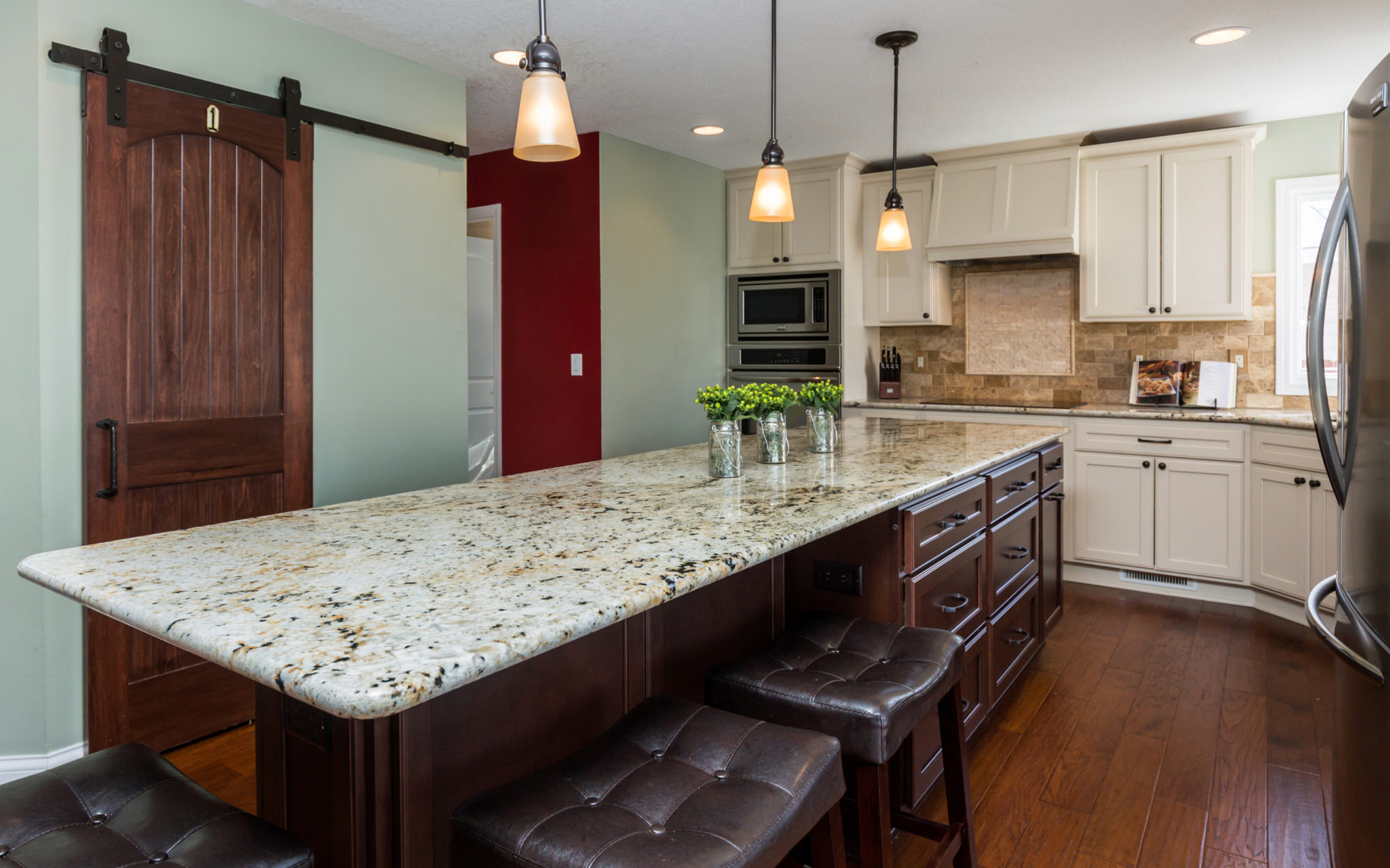 Etonnant Featured Des Moines Kitchen Remodels. View All Kitchens