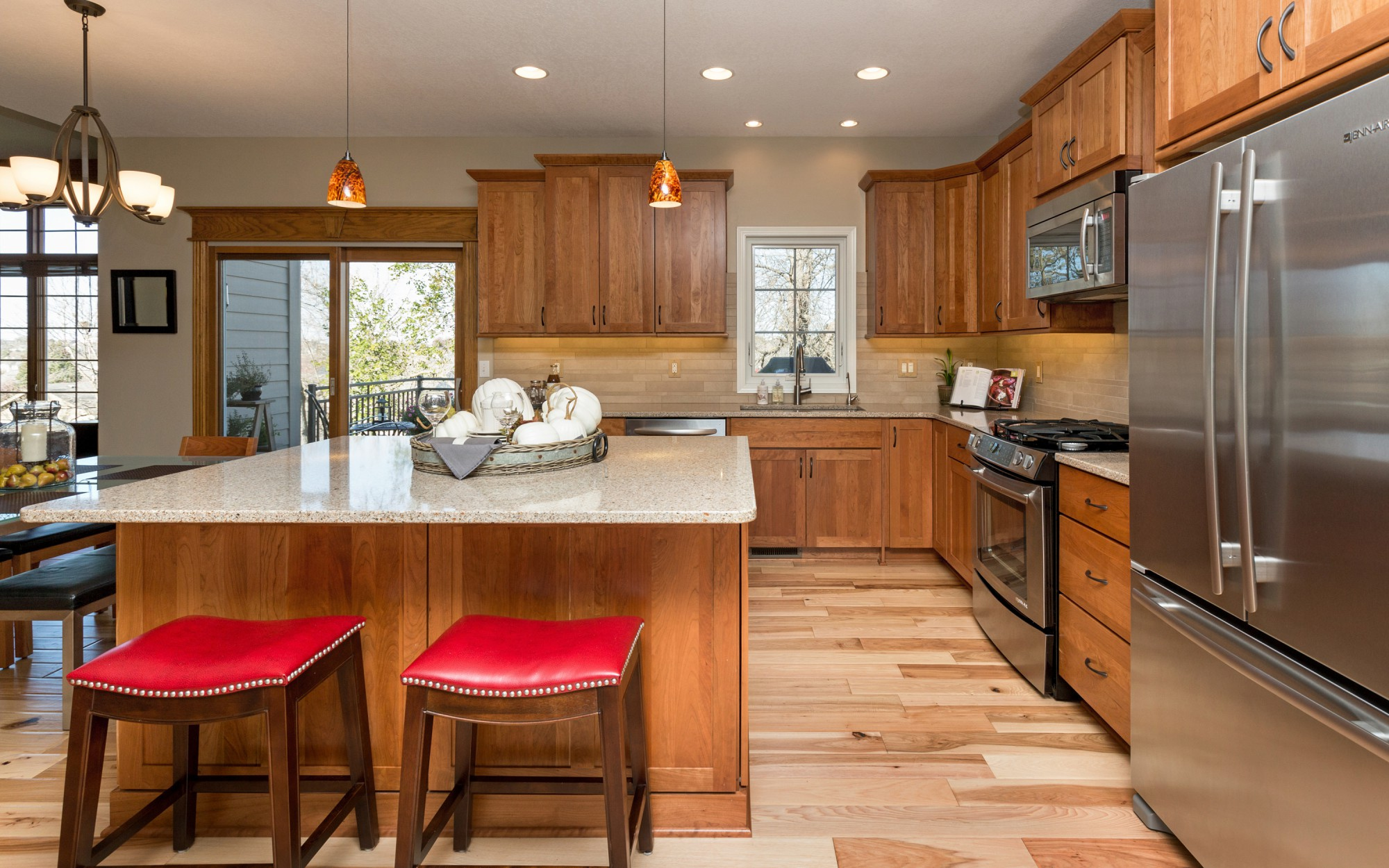 Kitchen remodeling bright idea ideas for small kitchen for Bath remodel green bay wi